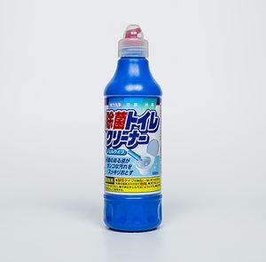 Mitsuei  Чистящее средство для унитаза (с хлором), флакон с дозатором,  0,5л