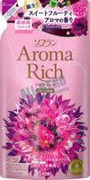 "LION Aroma Rich Кондиционер для белья ""Christine""с пряным фруктовым ароматом, мягкая уп., 1125 мл (А)"